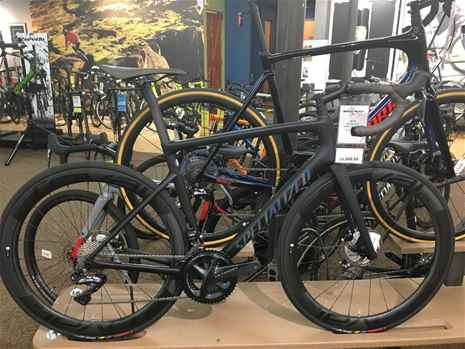 2019 Specialized Mens S-Works Tarmac Ultralight