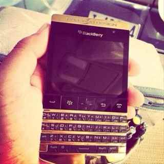 BlackBerry Porsche Design P9982 ADD BBM  26C1A6D6