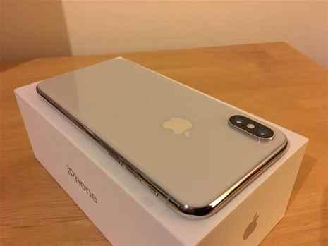 Apple iPhone X SIM FREE  UNLOCKED