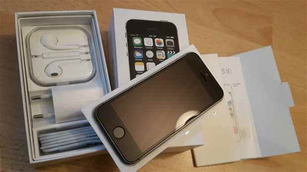 Unlocked Brand New Iphone 5s 64GBWhatsApp254791627648