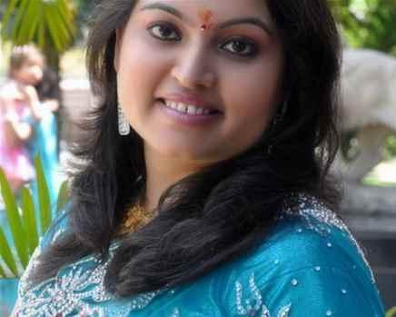 Famous Tarot Card Expert Miss Manisha Koushik